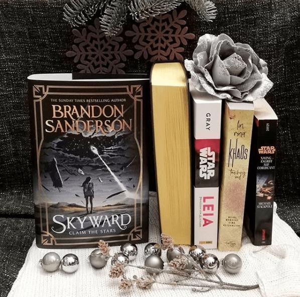 Skyward Readalong: Day 7